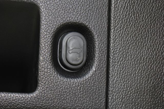 2016 Cadillac Escalade ESV Platinum Edition 4X4 - MSRP $100,235 - NEW TIRES! Mooresville , NC 49