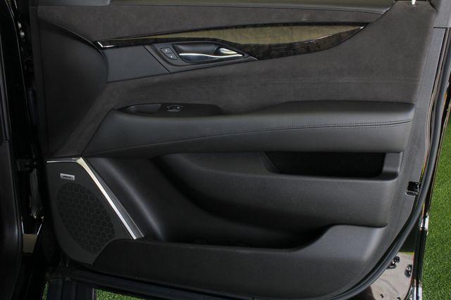 2016 Cadillac Escalade ESV Platinum Edition 4X4 - MSRP $100,235 - NEW TIRES! Mooresville , NC 54