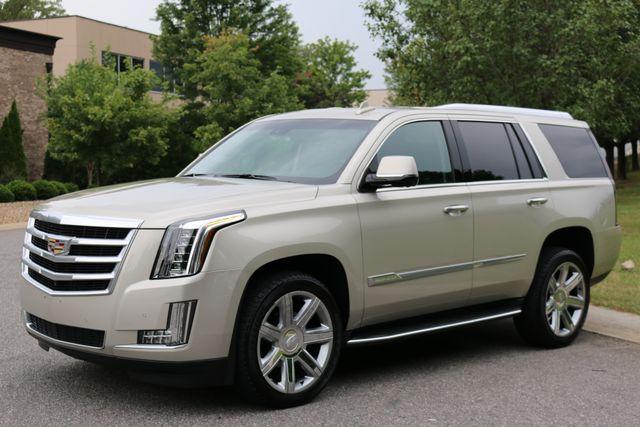 2016 Cadillac Escalade 4x4 Luxury Collection Mooresville, North Carolina 2
