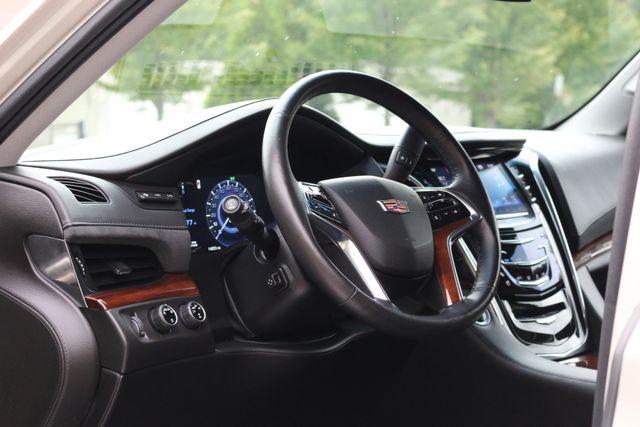 2016 Cadillac Escalade 4x4 Luxury Collection Mooresville, North Carolina 8