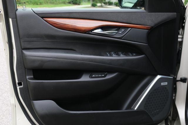 2016 Cadillac Escalade 4x4 Luxury Collection Mooresville, North Carolina 94
