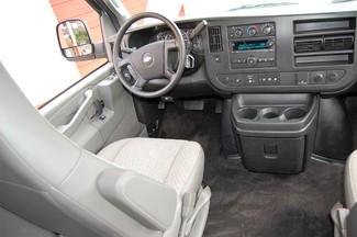 2016 Chevrolet 12 Pass. LT Charlotte, North Carolina 15
