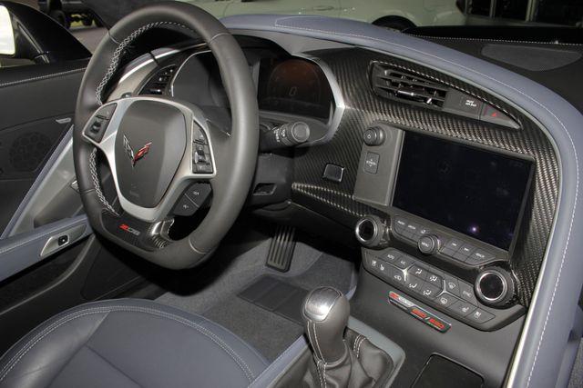 2016 Chevrolet Corvette Z06 3LZ - Z07 PKG - CARBON FIBER - CERAMIC BRAKES! Mooresville , NC 43