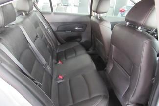 2016 Chevrolet Cruze Limited LT Chicago, Illinois 8