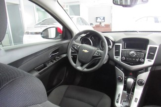 2016 Chevrolet Cruze Limited LT Chicago, Illinois 10