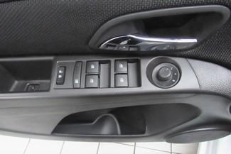 2016 Chevrolet Cruze Limited LT Chicago, Illinois 16