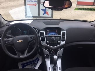 2016 Chevrolet Cruze Limited LT Devine, Texas 5