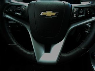 2016 Chevrolet Cruze Limited LT. LEATHER. HEATED SEATS SEFFNER, Florida 3