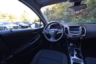 2016 Chevrolet Cruze LT Naugatuck, Connecticut 14