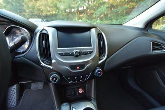 2016 Chevrolet Cruze LT Naugatuck, Connecticut 19