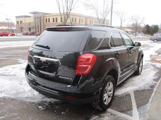2016 Chevrolet Equinox LT Farmington, Minnesota 1