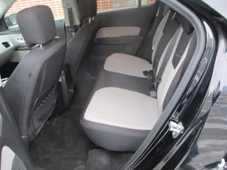 2016 Chevrolet Equinox LT Farmington, Minnesota 3