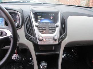 2016 Chevrolet Equinox LT Farmington, Minnesota 4
