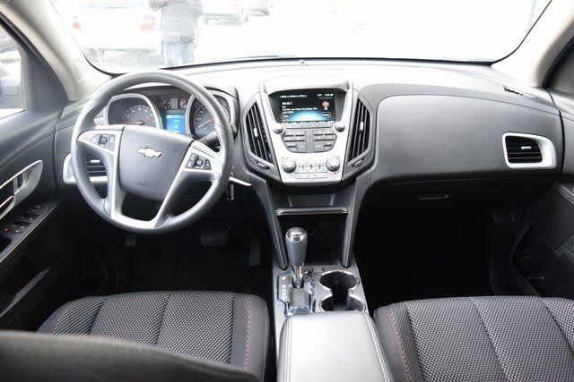 2016 Chevrolet Equinox LT Richmond Hill, New York 16