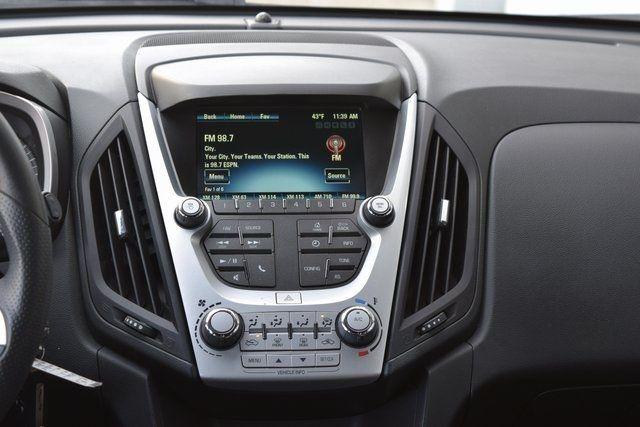 2016 Chevrolet Equinox LT Richmond Hill, New York 17