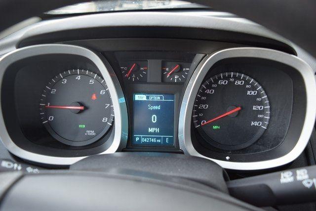 2016 Chevrolet Equinox LT Richmond Hill, New York 23