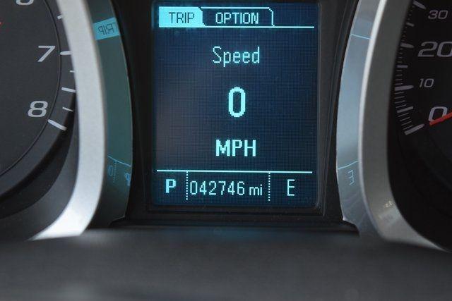 2016 Chevrolet Equinox LT Richmond Hill, New York 24