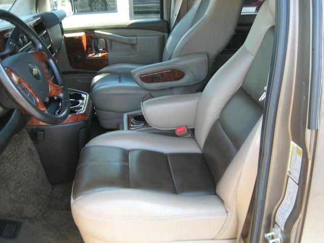 2016 Chevrolet EXPLORER CUSTOM CONVERSION Richmond, Virginia 17