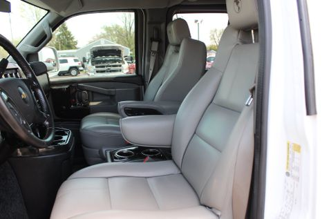 2016 Chevrolet Express 2500 Explorer Conversion Van | Granite City, Illinois | MasterCars Company Inc. in Granite City, Illinois
