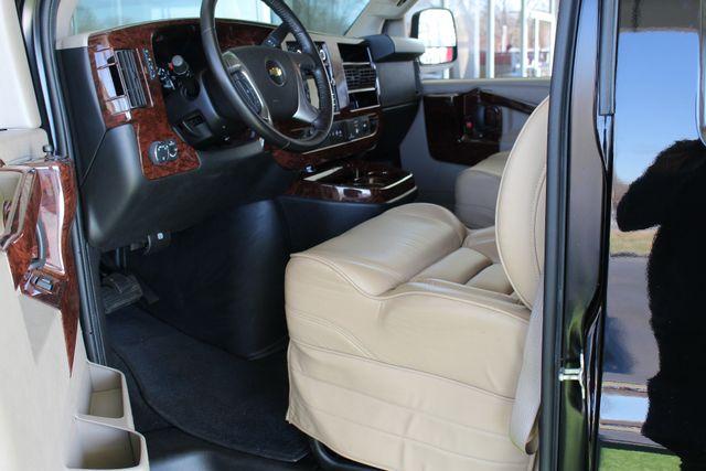 2016 Chevrolet Express Van 2500 SHERROD HIGH TOP CONVERSION VAN Mooresville , NC 31