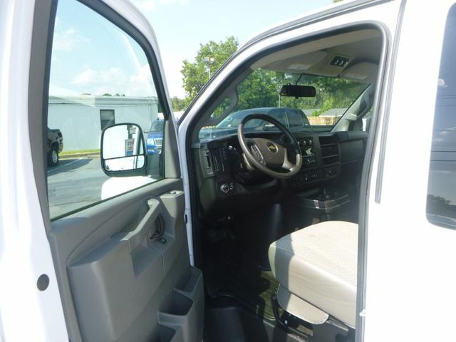 2016 Chevrolet Express Passenger LT Richmond, Virginia 9