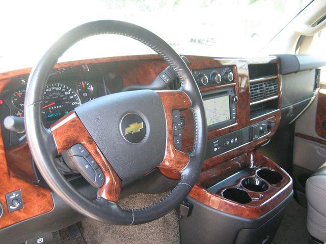 2016 Chevrolet Express Passenger Van Conversion Richmond, Virginia 8