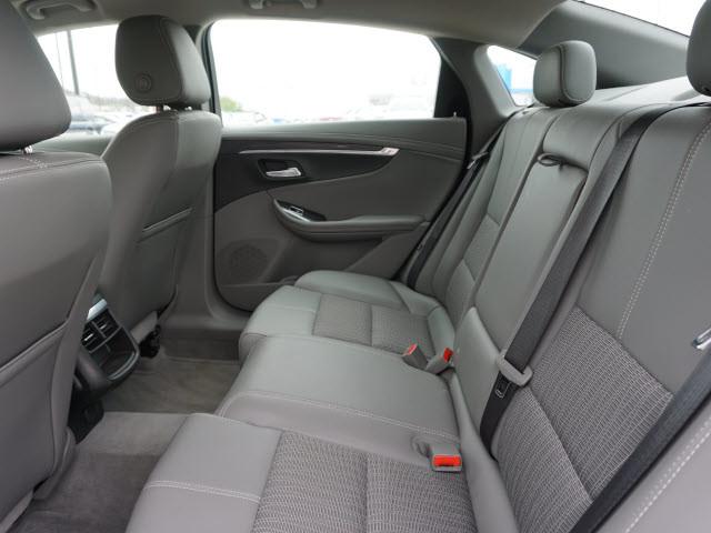 2016 Chevrolet Impala LT Harrison, Arkansas 5