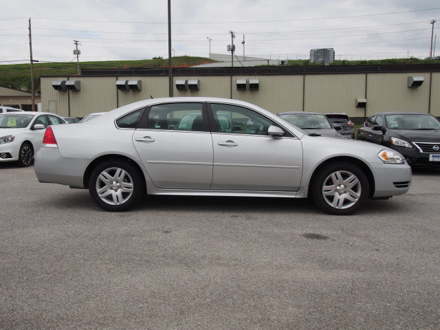 2016 Chevrolet Impala Limited LT Harrison, Arkansas 4