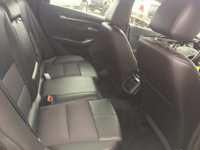 2016 Chevrolet Impala LT Ogden, Utah 16