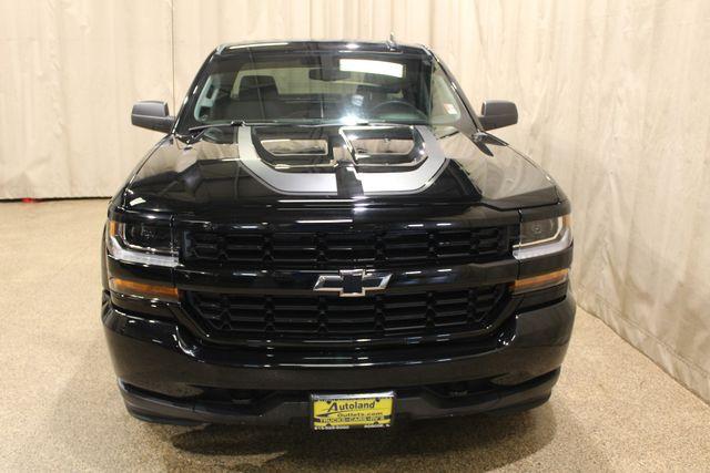 2016 Chevrolet Silverado 1500 Custom Roscoe, Illinois 3