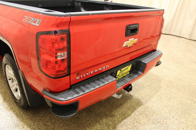 2016 Chevrolet Silverado 1500 LT Roscoe, Illinois 5