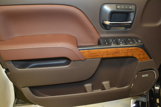 2016 Chevrolet Silverado 2500HD High Country Roscoe, Illinois 29