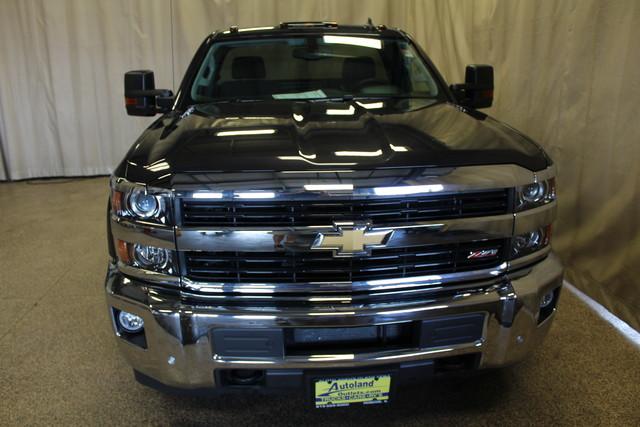 2016 Chevrolet Silverado 2500HD long bed LT Roscoe, Illinois 3