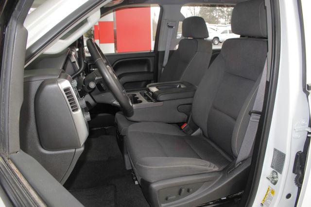 2016 Chevrolet Silverado 3500HD LT Crew Cab 4x4 Z71 - CUSTOM SPORT EDITION! Mooresville , NC 8