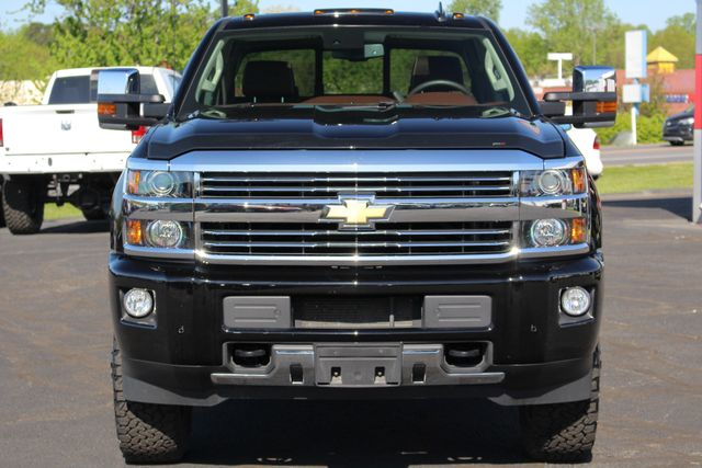 2016 Chevrolet Silverado 3500HD High Country Crew Cab 4x4 - LIFTED - DRIVER ALERT! Mooresville , NC 16