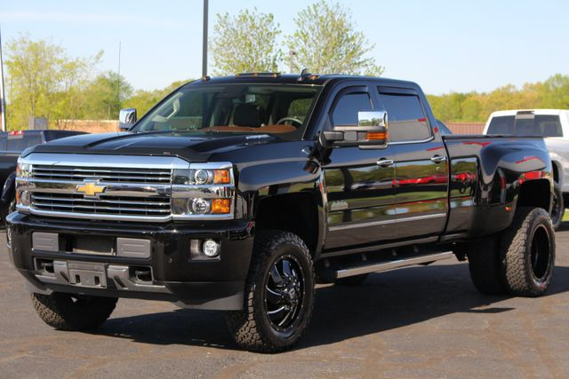 2016 Chevrolet Silverado 3500HD High Country Crew Cab 4x4 - LIFTED - DRIVER ALERT! Mooresville , NC 25