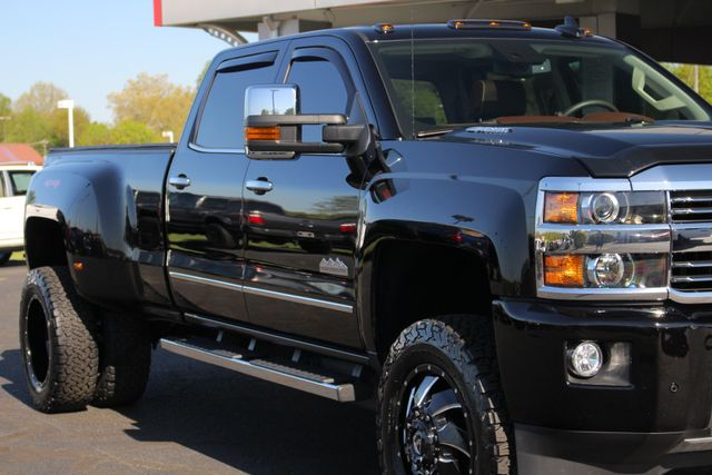 2016 Chevrolet Silverado 3500HD High Country Crew Cab 4x4 - LIFTED - DRIVER ALERT! Mooresville , NC 28