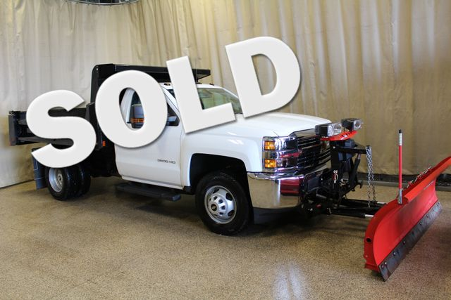 2016 Chevrolet Silverado 3500HD Dump with plow Roscoe, Illinois 0