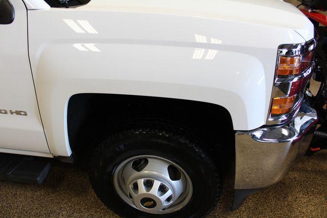 2016 Chevrolet Silverado 3500HD Dump with plow Roscoe, Illinois 8