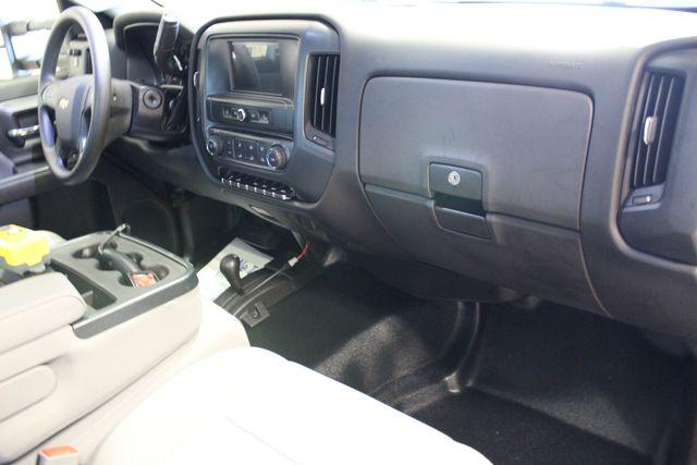 2016 Chevrolet Silverado 3500HD Dump with plow Roscoe, Illinois 19