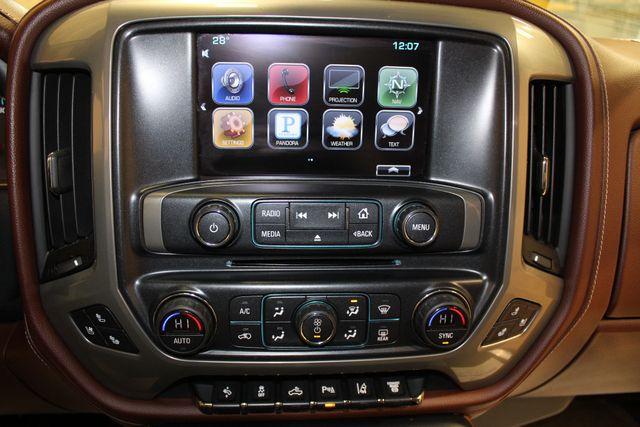 2016 Chevrolet Silverado 3500HD High Country Roscoe, Illinois 16