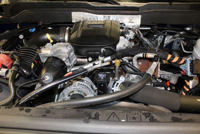 2016 Chevrolet Silverado 3500HD High Country Roscoe, Illinois 32