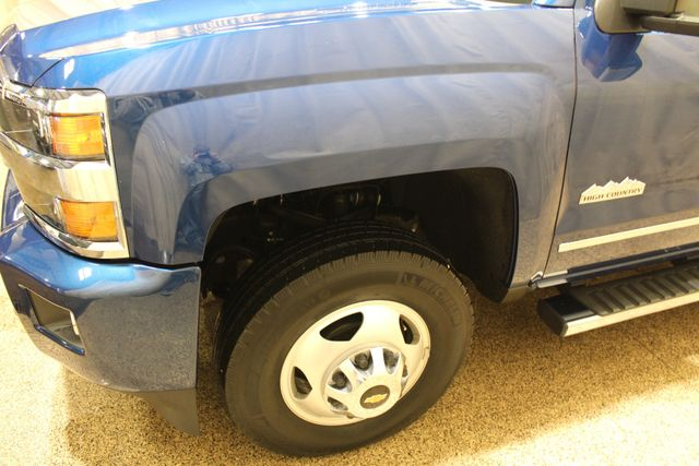 2016 Chevrolet Silverado 3500HD High Country Roscoe, Illinois 8