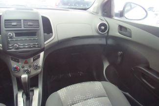 2016 Chevrolet Sonic LS Chicago, Illinois 10