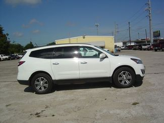 2016 Chevrolet Traverse LT San Antonio, Texas 4