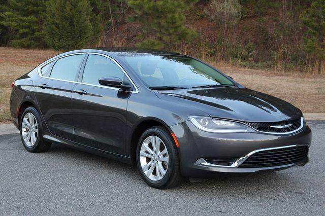 2016 Chrysler 200 Limited Mooresville, North Carolina 0
