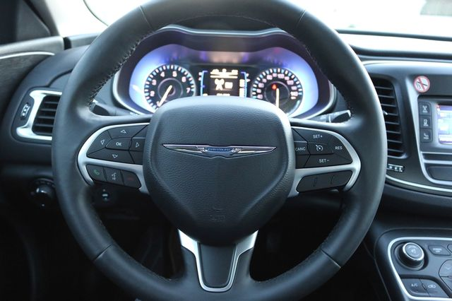 2016 Chrysler 200 Limited Mooresville, North Carolina 21