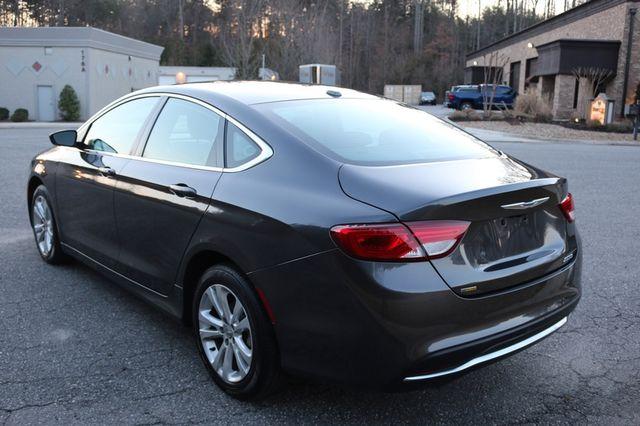2016 Chrysler 200 Limited Mooresville, North Carolina 55