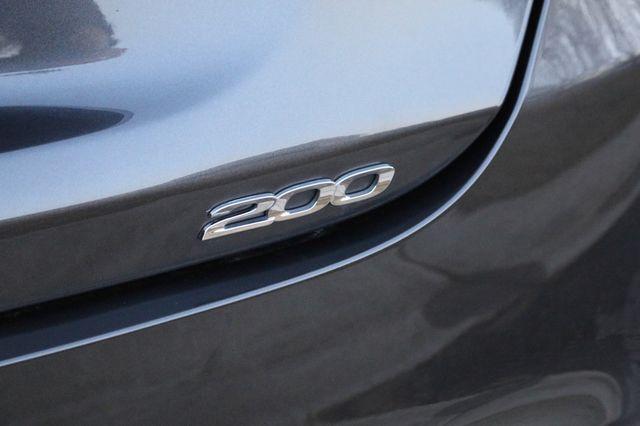 2016 Chrysler 200 Limited Mooresville, North Carolina 57