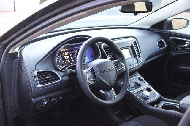 2016 Chrysler 200 Limited Mooresville, North Carolina 6